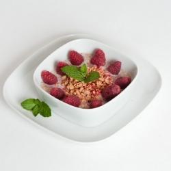 Müsli s červeným ovocem
