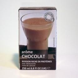UHT Kakaový nápoj tetra pack s brčkem